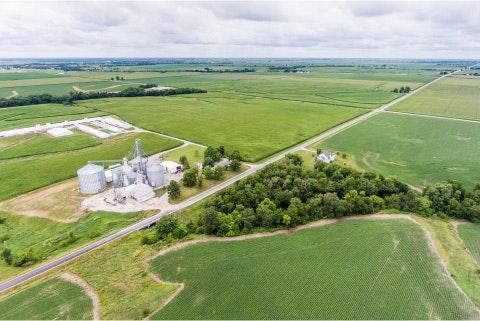 farm-machinery-show-arial-farm